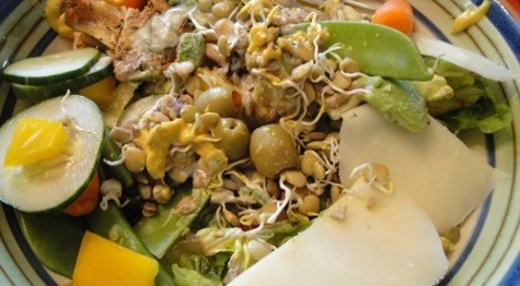 salata-s-riba-ton